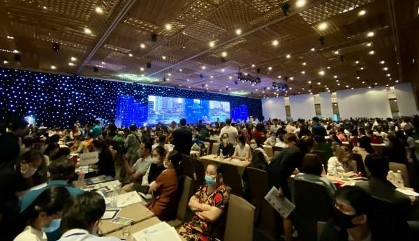 Sức nóng từ hơn 1.400 khách hàng tham dự sự kiện giới thiệu giai đoạn 2 của dự án Mizuki Park